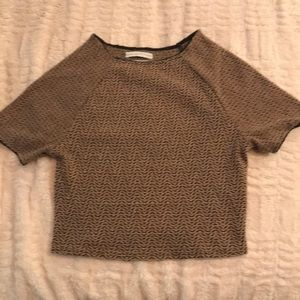 Cute crop from UO, unique design. Never worn.